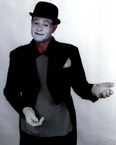 Mix & mingle traditional white faced mime artist - a la Marcel Marceau