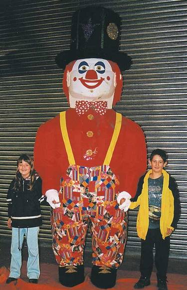 10feet Tall Walk-around Clown